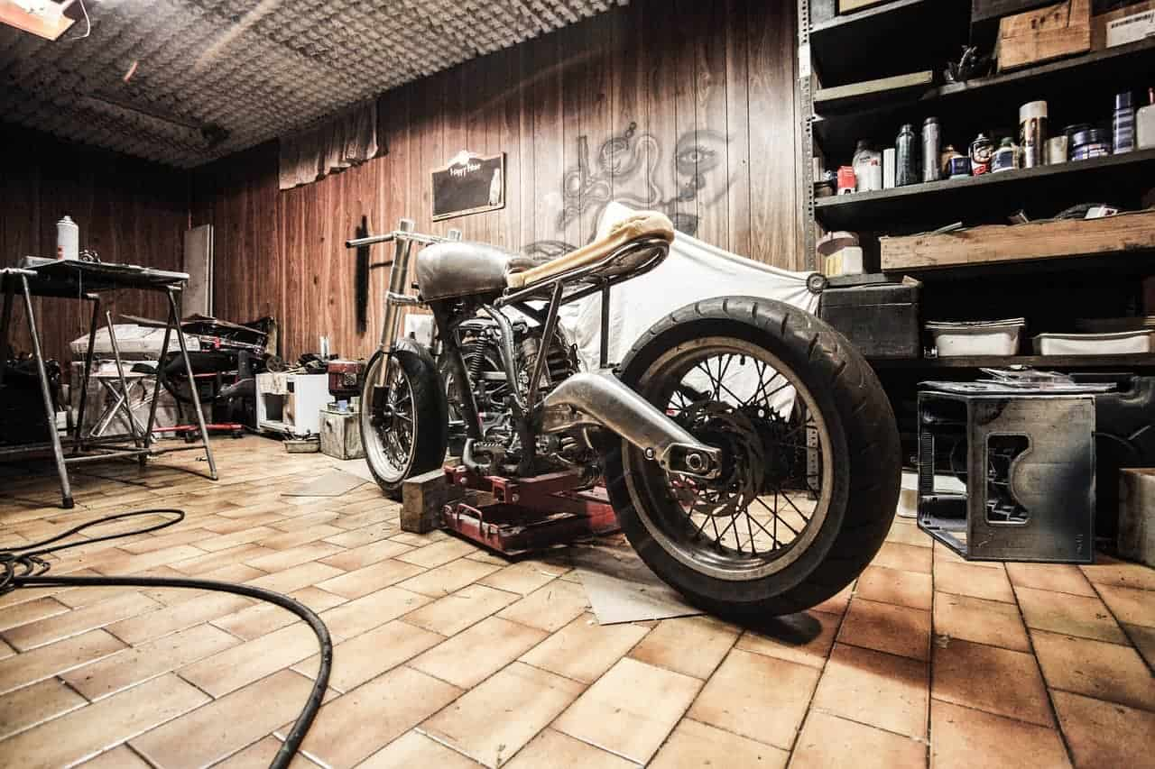 25 Ideas To Make Your Garage A Man Cave Review